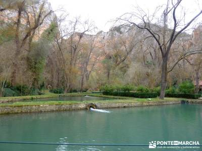 Parque Natural Monasterio de Piedra; comunidad de madrid viajes y senderismo;romanico segoviano